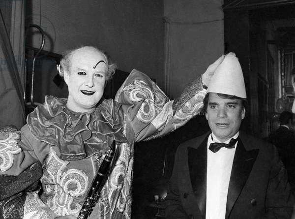 French journalist Ladislas de Hoyos and Bernard Tapie at the Gala of the Press at the Cirque d'Hiver, Paris, 29 january 29, 1989 (photo)