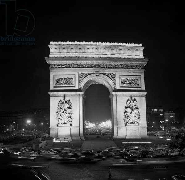 The Arc de Triomphe and the Champs-Elysees, Paris, 28 November 1969  (photo)