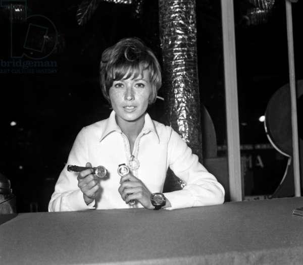 French actress Marlene Jobert presenting watches, December 9, 1968 (photo)