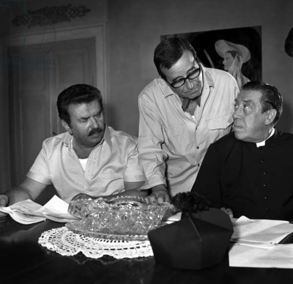 "Gino Cervi, director Christian-Jaque and Fernandel on the set of the film ""Don Camillo"", 23 July 1970 (photo)"