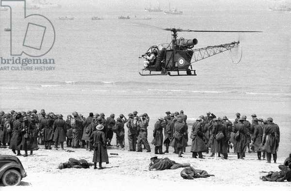 "Set of the film ""Weekend"" at Dunkirk, France, 1964 (photo)"