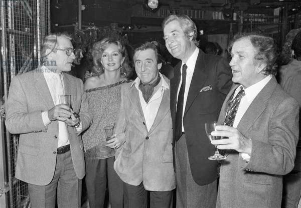 Jean Poiret, his wife Caroline Cellier, Jean Lefebvre, Jacques Chazot and Pierre Mondy at the Birthday of Jacques Chazot, 1 October 1982  (photo)