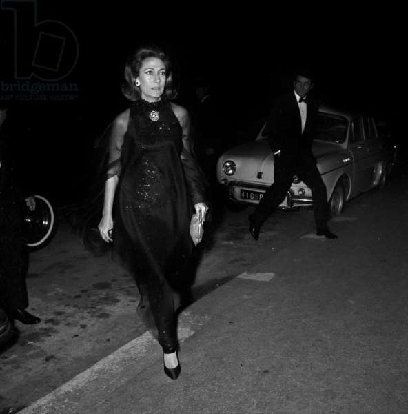 Helene Rochas arriving at party at Patinos, 14 October 1967 (photo)
