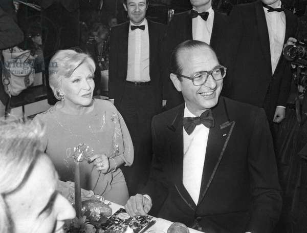 Birthday of Loulou Gaste with Line Renaud and Jacques Chirac, Mayor of Paris, in parisian cabaret Paradis Latin, Paris, in 1983 (photo)