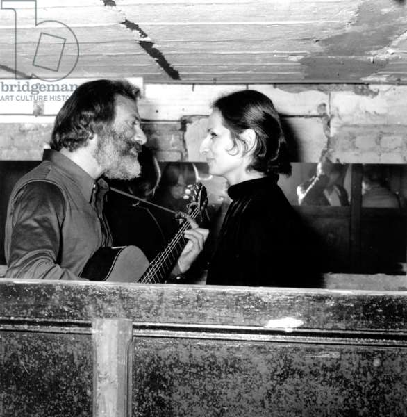 Singer Georges Moustaki on stage with Singer Barbara, Saint Ouen, 15 October 1969 (photo)