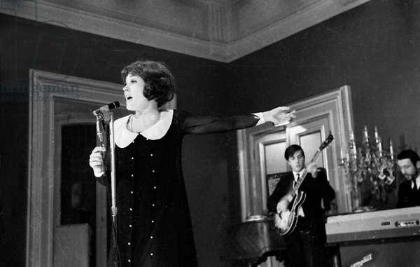 Singer Rika Zarai, Paris, 1967 (photo)
