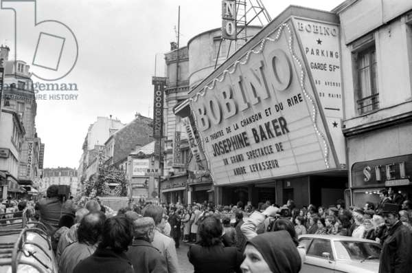 The crowd outside Bobino, Paris, waiting for the hearse  for the Funeral of Josephine Baker, Paris, 15 April 1975 (photo)