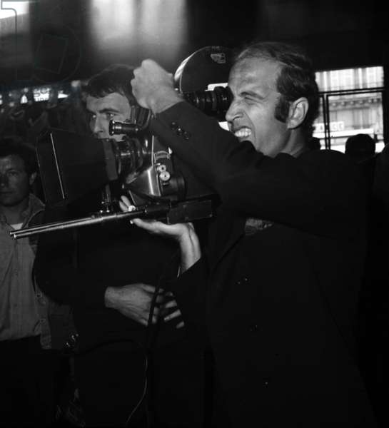 """Director Sergio Gobbi on the set of the film """"Sin with a Stranger"""", 27 June 1967 (photo)"""
