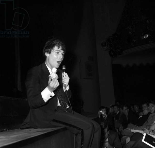 Spanish Singer Raphael on the stage at the Olympia, Paris, 3 October 1967 (photo)