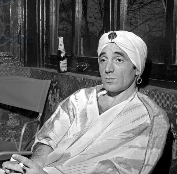 Charles Aznavour sur le tournage du film «Cloportes», 26 mars 1965 (photo)