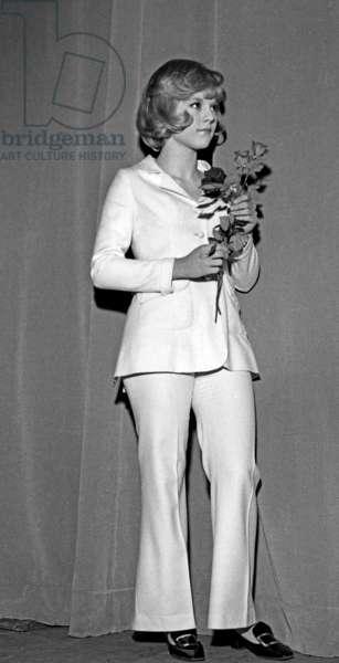 "French Singer Sylvie Vartan for TV Programme ""Tele-Dimanche"", 14 February 1965 (photo)"