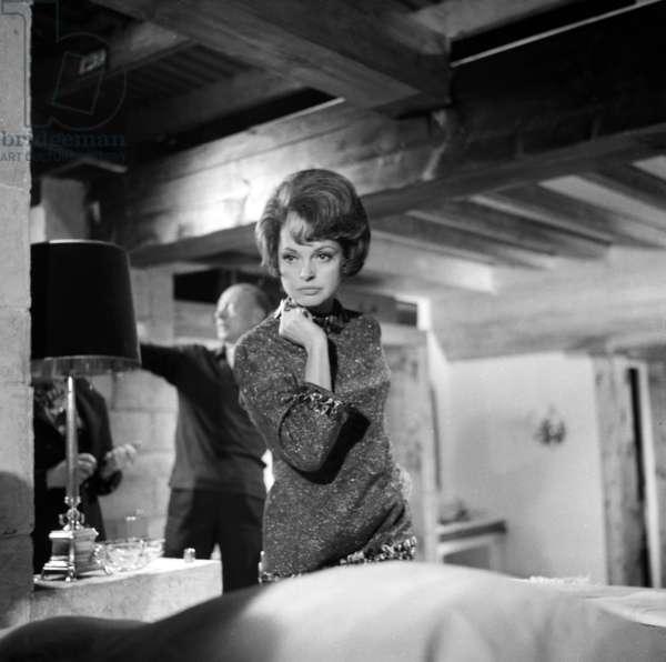 """Nadja Tiller on the set of the film """"Tender Scoundrel"""", 21 February 1966 (photo)"""