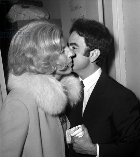 French Singer Guy Beart congratulated by Mme Claude Pompidou after his concert during Festival du Marais in Paris, 7 June 1966 (photo)