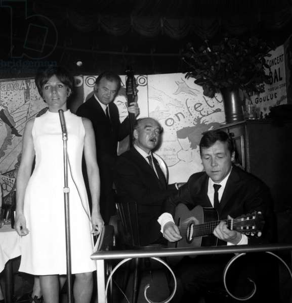 Renee Caron (singer), Johnny Stark (bass) and Eddie Barclay (piano), 22 April 1966 (photo)