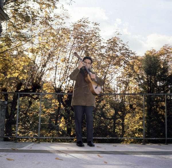 French Singer Guy Beart, 1965 (photo)
