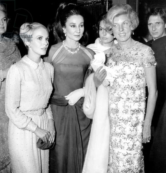 Jean Seberg with Viscountess of Ribes and Claude Pompidou at UNICEF Gala, 25 November 1967 (b/w photo)