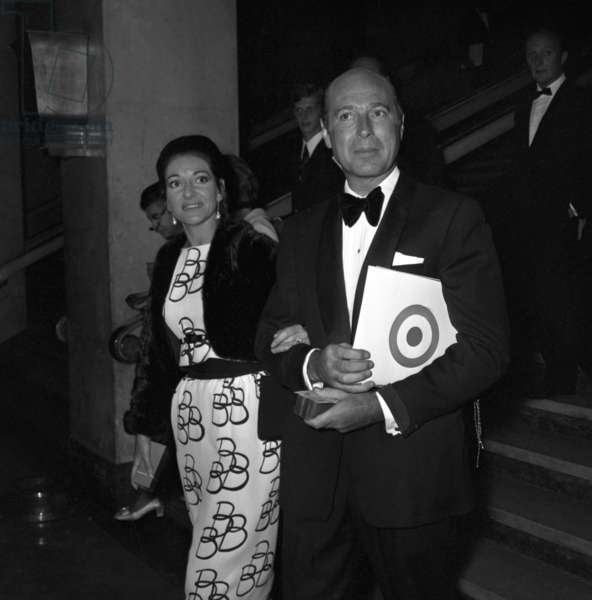 """Maria Callas at the Premiere of the film """"The battle of Britain"""", 18 September 1969 (photo)"""