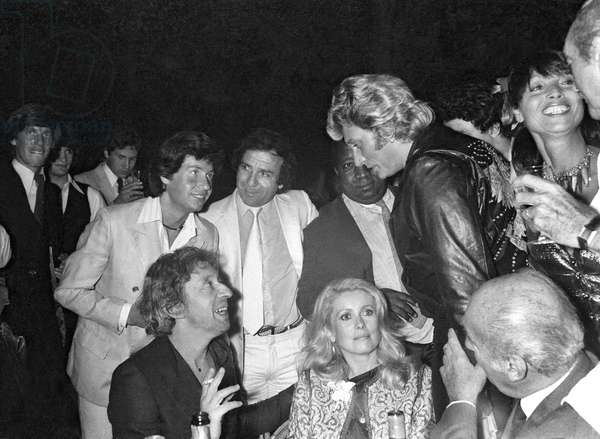 Birthday of Johnny Hallyday here with Serge Gainsbourg and Catherine Deneuve, June 1981 (photo)