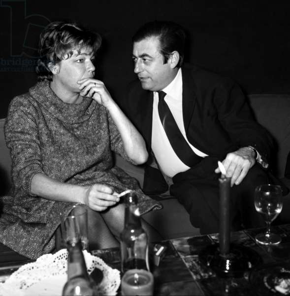 Simone Signoret and Francois Perier at the wedding of Pierre Mondy, 16 December 1967 (photo)