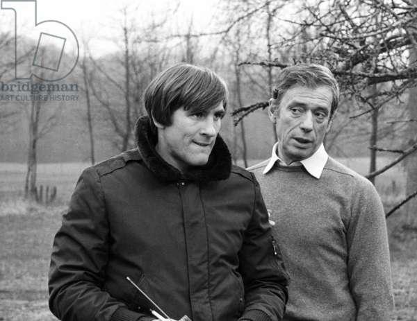 "Gerard Depardieu and Yves Montand on the set of the film ""Vincent, Francois, Paul et les autres"", 13 March 1974  (photo)"