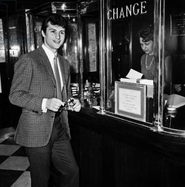 Singer Tony Renis, April 1968 (photo)