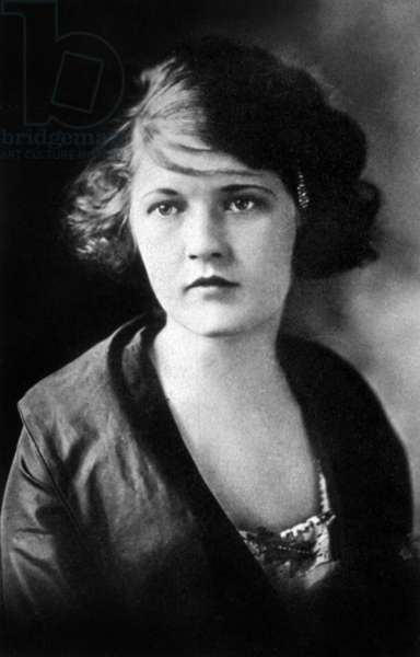 Zelda Fitzgerald, 1919 (b/w photo)