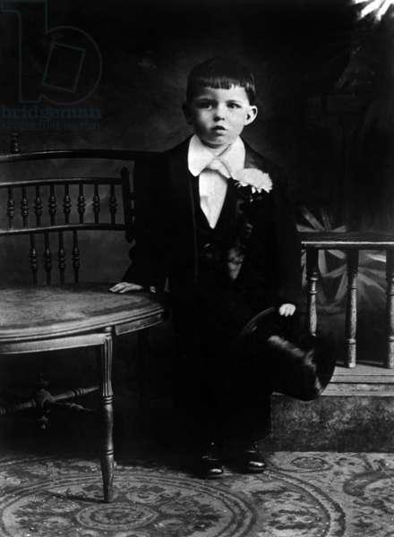 Frank Sinatra when child (3) in 1919