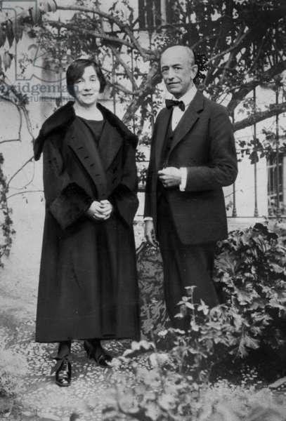 Manuel de Falla (1876-1946) Spanish composer and Wanda Landowska (1879-1959) polish harpsichordist nad pianist here in garden of de Falla in Spain in 1927