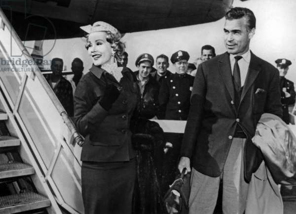 Zsa Zsa Gabor and Porfirio Rubirosa arriving in New York May 15, 1954