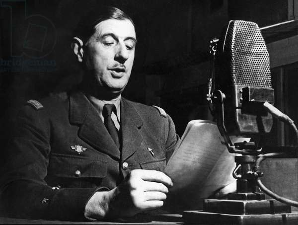 speech of General Gaulle on the radio in London June 18, 1940 to call French people to resistance