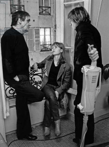 """Le realisateur Maurice Pialat Miou Miou et Gerard Depardieu sur le tournage du film """"Loulou"""" en 1980"""