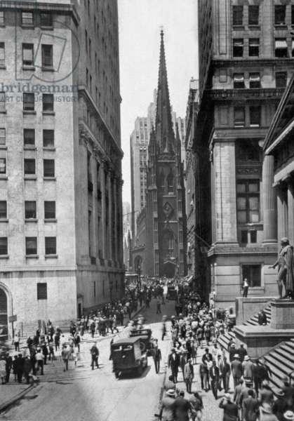 Wall Street and rinity Church, New York, USA, 1929