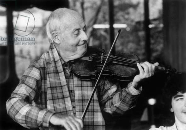 French violonist Stephane Grappelli in April 1982
