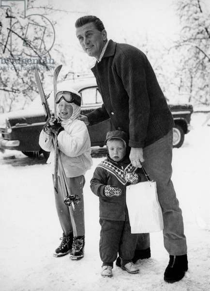 Actor Kirk Douglas with his sons Eric (l) et Peter in Kitzbuhel winter sports station in Vienna January 4, 1961