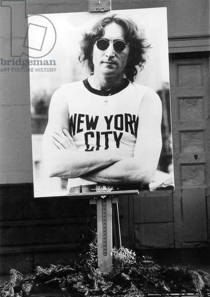 Commemoration in memory of John Lennon in Central Park in New York, after his death in 1980