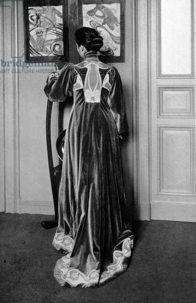 Dress designed by Henry Van de Velde (1863-1957)