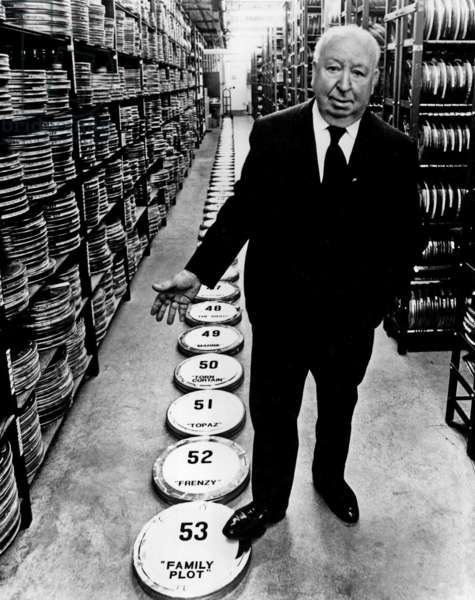FAMILY PLOT, director Alfred Hitchcock, on set, 1976