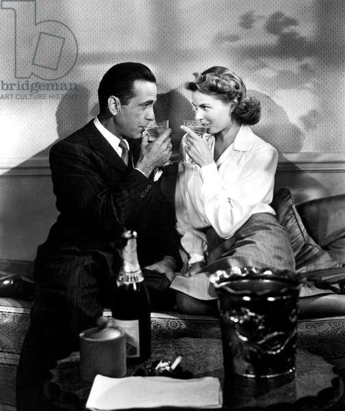 Casablanca de MichaelCurtiz avec Humphrey Bogart et Ingrid Bergman 1942 (champagne Cordon Rouge) Oscar1943