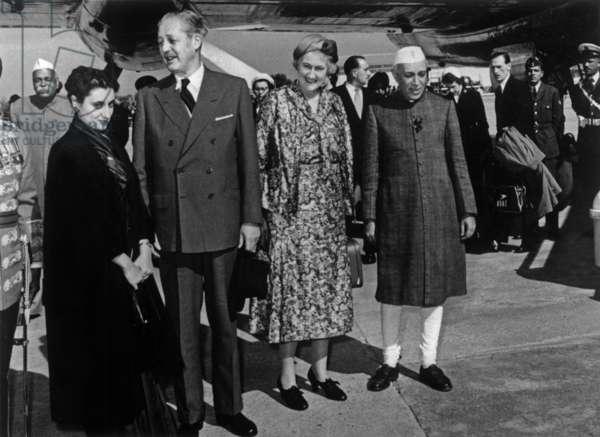 Indira Gandhi, Harold MacMillan, English Prime Minister, Lady Mac Millan and Jawaharlal Nehru, in India on January 14, 1958