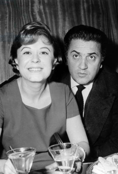 Frederico Fellini with his wife Giuliana Masina in Madrid, November 22, 1958