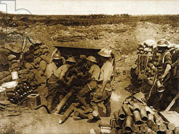 Battle of the Somme, 1916 : French gunners