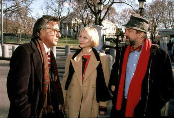 Des Hommes d'influence Wag The Dog de BarryLevinson avec Dustin Hoffman et Robert DeNiro De Niro 1997