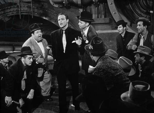 Blanches colombes et vilains messieurs Guys and Dolls de JosephMankiewicz avec Marlon Brando (c) et Franck Sinatra (d) 1955