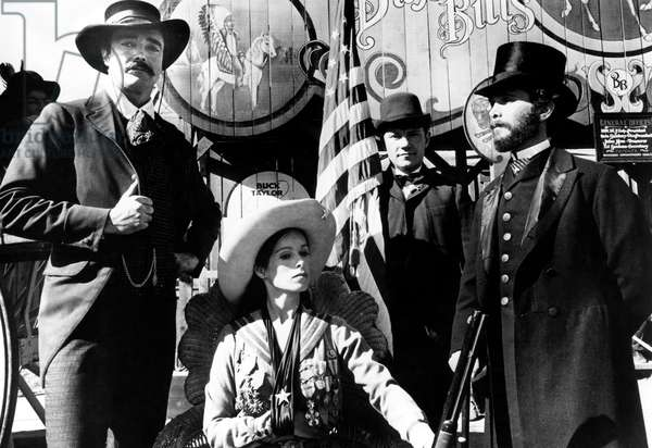 Buffalo Bill et les Indiens Buffalo Bill and the Indians or Sitting Bull's History Lesson avec John Considine Geraldine Chaplin Harvey Keitel et Joel Grey 1976 western cowboy cow boy