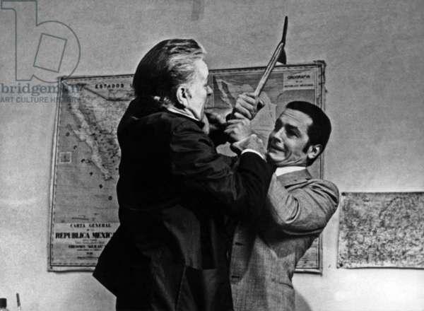 """L' Assassinat de Trotsky """" Assassination of Trotsky """" de JosephLosey avec Richard Burton et Alain Delon en 1972"""