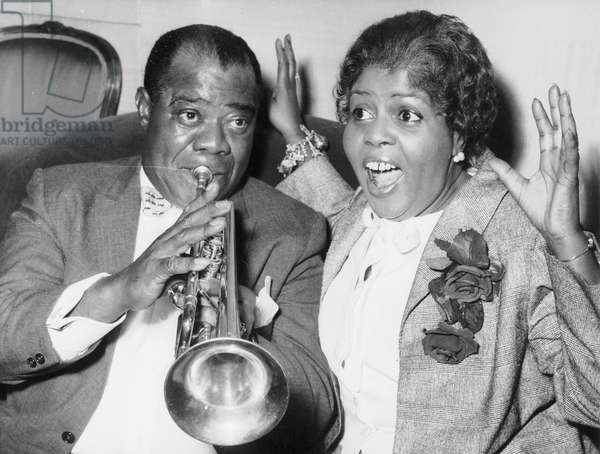 Louis Armstrong (1900-1971) American jazzman with his 4th wife Lucille c. 1959