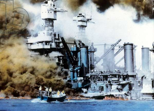 USS West Virginia eand USS Tennessee dammaged during japanese assault in Pearl Harbor December 7-8, 1941