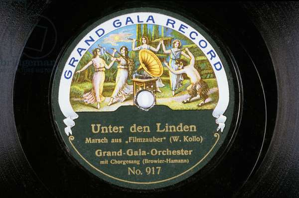 Disque vinyl: Unter den Linden Marsch aus Filmzauber (W Kollo) Grand Gala Orchester mit Chorgesang (Browier-Hamann) NÁ917 Grand Gala Record
