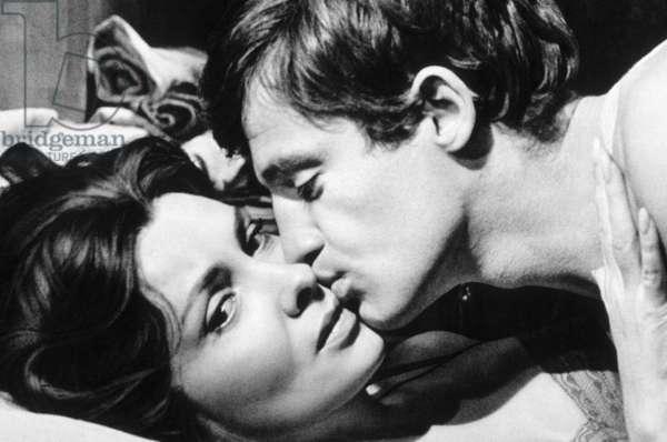 La mer a boire (MARE MATTO) de RenatoCastellani avec Jean-paul Belmondo et Gina Lollobrigida 1963
