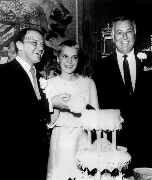 Wedding of Frank Sinatra and Mia Farrow July 19, 1966, on the right is Jack Entratter in Sands Hotel in Las Vegas